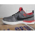 Кроссовки подростковые для мальчика Nike